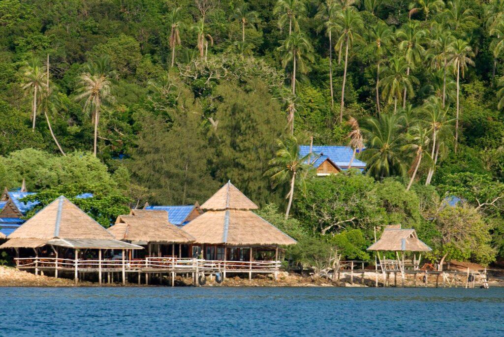 เกาะทะลุ บางสะพาน